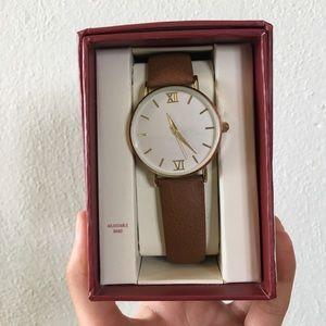 *NWT* MERONA Cognac / Gold Watch
